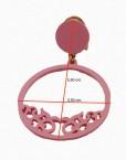 Pendientes aro fabricado en acetato color rosa chicle  por Artesanía Carvajal.  Medidas 5,50 cm. de alto y 3,50 cm. ancho.