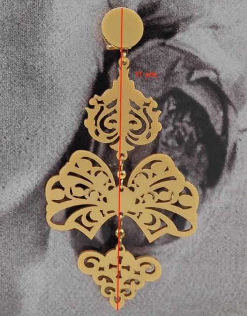 detalle pendiente dorado 1