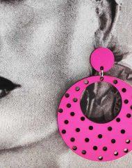 Pendientes aro madera con lunares perforados pequeños hispania flamenco